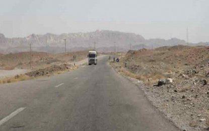 طالبان در شاهراه هرات-کندهار یک مسافر را کشته و ۲ تن را با خود بردهاند