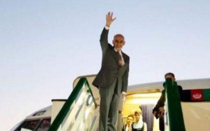 رییس جمهور  غنی در سفر یک روزه به هند رفت
