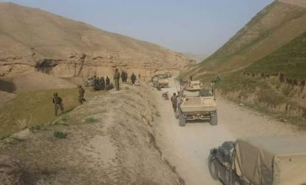 در حمله طالبان، بیش از ۳۰ سرباز ارتش در فراه جان باخته اند