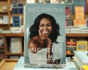 کتاب خاطرات خانم اوباما در صدر پروفروشترین کتابهای امریکا و کانادا قرار گرفت
