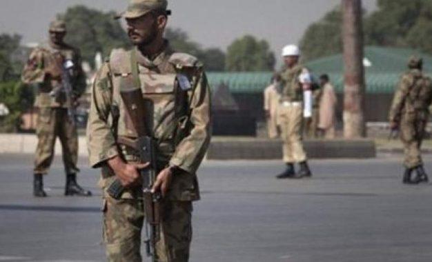 افراد مسلح ناشناس ۱۴ تن را در بلوچستان پاکستان تیر باران کردند