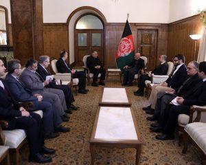 افغانستان هیاتی برای بحث روی همکاریهای اقتصادی به ایران اعزام میکند