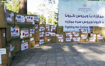 یک بازرگان هندی هزاران ماسک را به شفاخانه کووید ۱۹ هرات کمک کرد