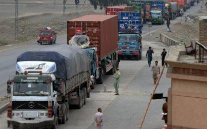 روند صادرات افغانستان به پاکستان پس از دو ماه آغاز شده است