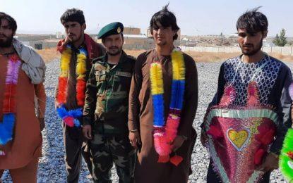 طالبان ۴۳ نفر به شمول ۴ غیر نظامی را از زندانی در زابل رها کردند