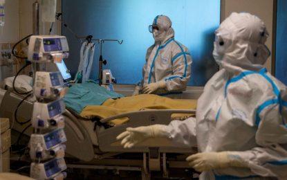 بیش از ۴۰۰ تن در هند به اثر مبتلا به کووید-۱۹ جان باختند