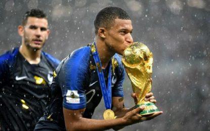 فرانسه قهرمان جام جهانی فوتبال ۲۰۱۸ روسیه شد