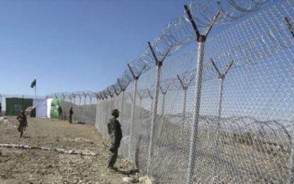 ارتش پاکستان از پایان کار حصار کشی در مرز با افغانستان تا نزدیک به چهار ماه دیگر خبر میدهد