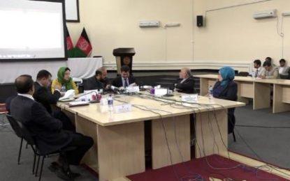 کمیسون انتخابات فهرست نام های رایدهندگان ۱۰ ولایت کشور را اعلام کرد