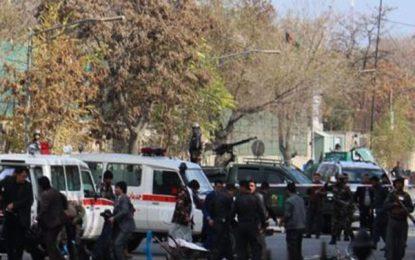 در حمله انتحاری به اعتراض کنندگان در کابل ۷ تن جان باختهاند