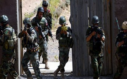 نیروهای ویژه ارتش ۳۸ تن را از زندان طالبان در غزنی رها کردند