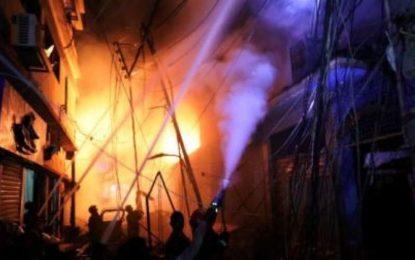 در اثر آتشسوزی در پایتخت بنگلادش، ۷۰ تن جان باخته است
