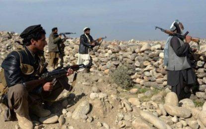 درگیری میان داعش و طالبان در ننگرهار صدها خانواده را بیجا کرد