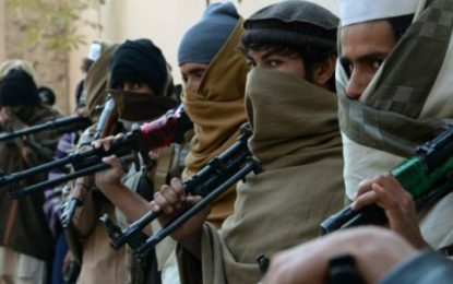 پولیس قندهار ۸ عضو گروه طالبان را بازداشت کرده است