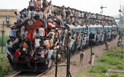 جمعیت هند تا ده سال دیگر بیشتر از نفوس چین خواهد شد