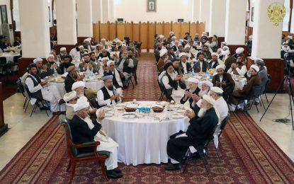 رئیس جمهور: طالبان رها شده سفیران صلح خواهند شد