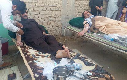 باشندگان شهر زرنج نیمروز به مناسبت روز عاشورا خون اهدا کردند