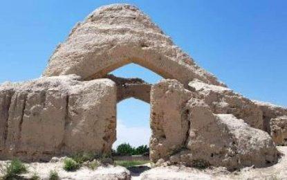وزارت اطلاعات و فرهنگ: بیش از ۲ هزار و ۵۰۰ آبده تاریخی به مرمت نیاز دارد