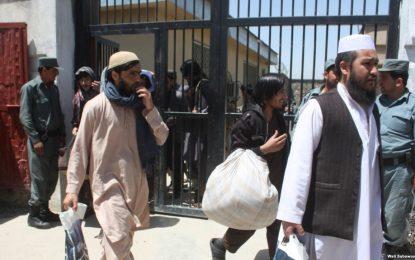 طالبان خواستار حل موضوع رهایی زندانیان این گروه از سوی امریکا شده است