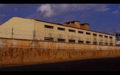 ۷۴ تن در زندانهای کشور به ویروس کرونا مبتلا شدهاند